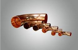 Codo de cobre en diversas medidas para tuberías