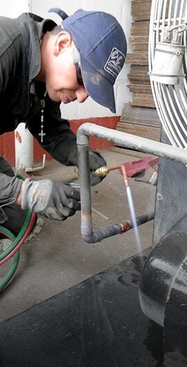 Reparaciones especializadas de sistemas de refrigeración industrial y cuartos fríos en Cundinamarca